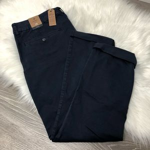 American Eagle Navy Blue Pants NWT 16 Short